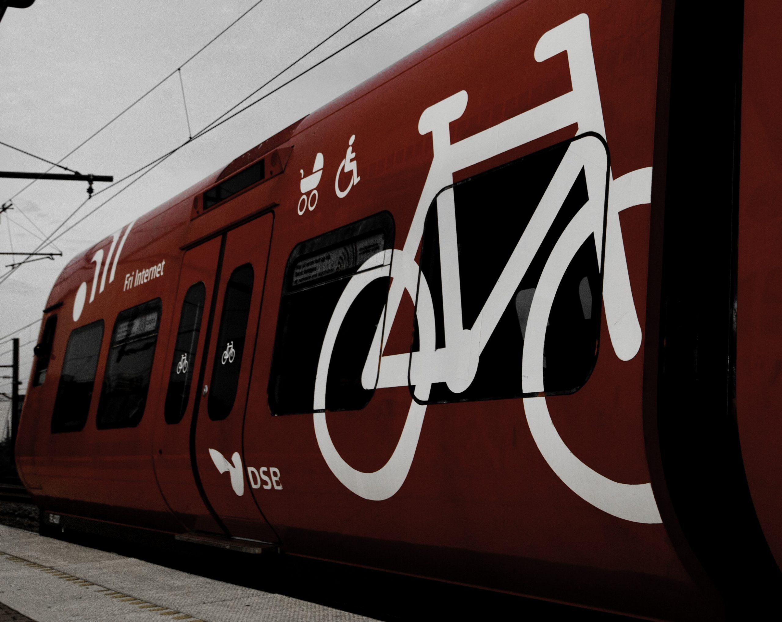 La Conciliación Entre Bicicleta y Tren